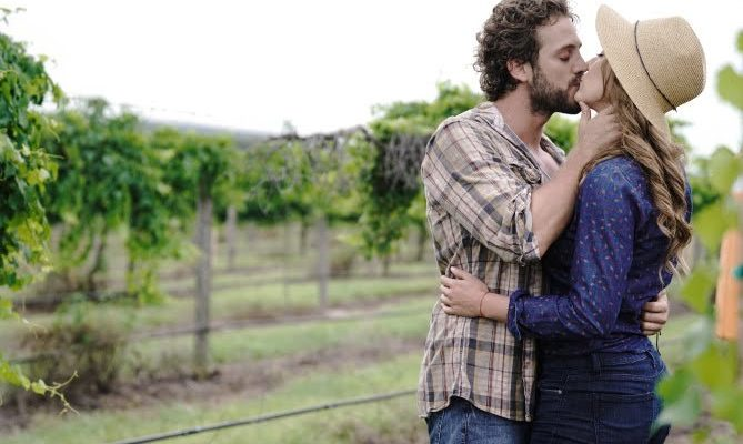 Blood and Wine premieres on Telemundo: Read up May teasers