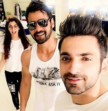 Abhi, pragya and Purab in Twist of fate Season 2